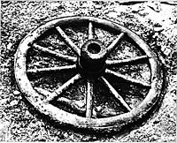 Fig. 4 Wheel found in La TÈne (Vouga 1923)